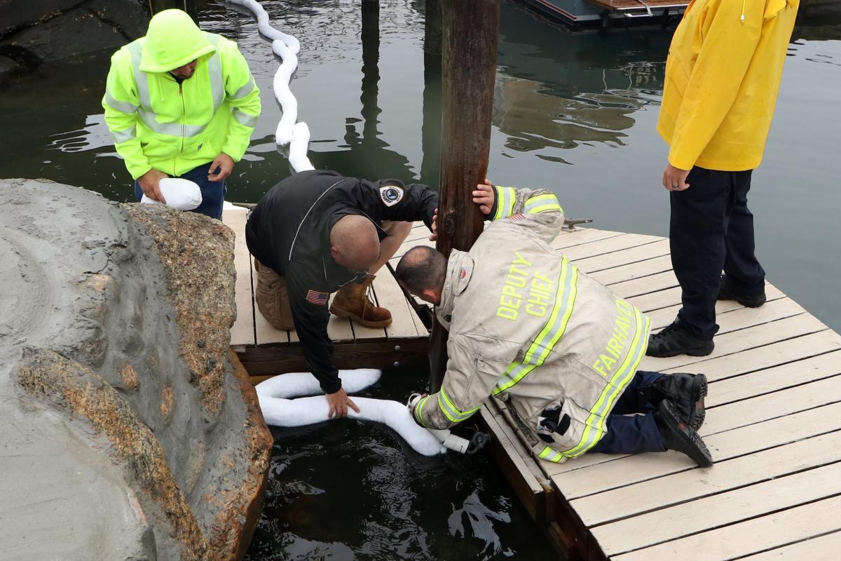 Earl's Marina Oil Spill